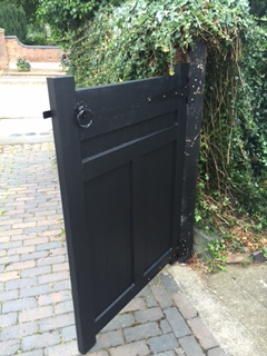bespoke-gate-built-and-fitted-with-lock-6